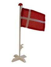 Billede af FLAGSTANG T/BORD TRÆ 30 CM.  MED STOFFLAG